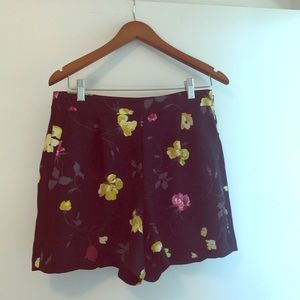 NWT Ann Taylor flowered shorts